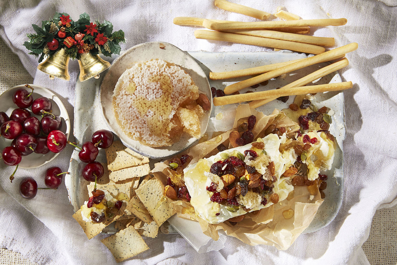 Xmas Card Grissini Goats Cheese Trail Mix Hone rotated web